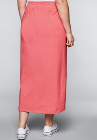 Sheego - Maxi skirt - korallrot - 2