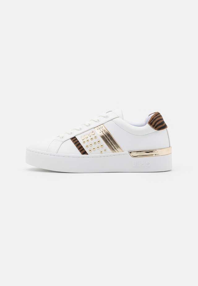 SILVIA  - Baskets basses - white