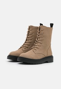 Rubi Shoes by Cotton On - FREDA LACE UP BOOT - Lace-up ankle boots - taupe - 2