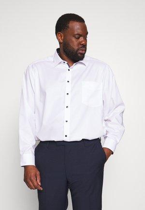 OLYMP LUXOR PLUS - Kostymskjorta - weiss