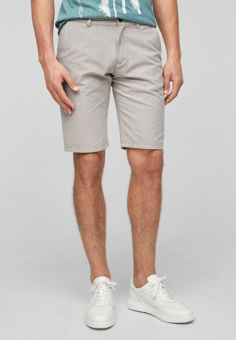 QS by s.Oliver - Shorts - beige heringbone