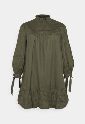 TIE SLEEVE SMOCK DRESS - Vestito estivo - khaki