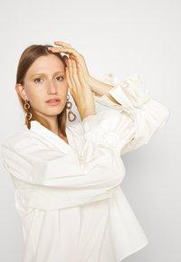 By Malene Birger - OLGASSON - Blouse - cream - 3