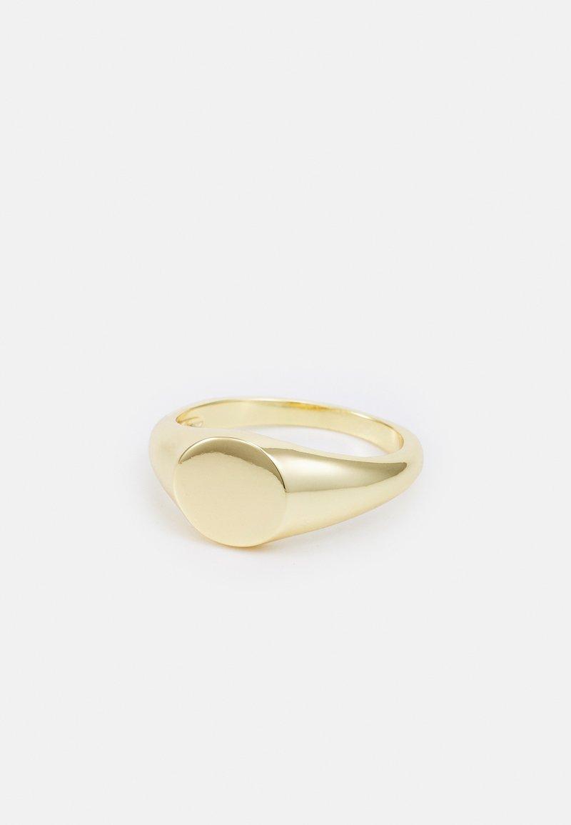 Shashi - SIGNET - Anillo - gold-coloured