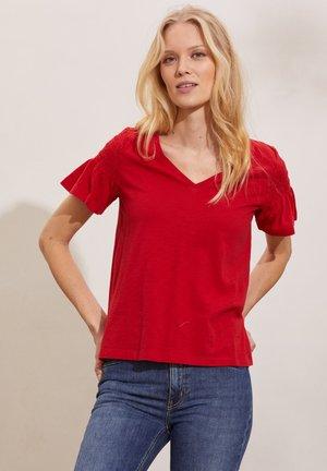 GLORIA - Basic T-shirt - cherry red