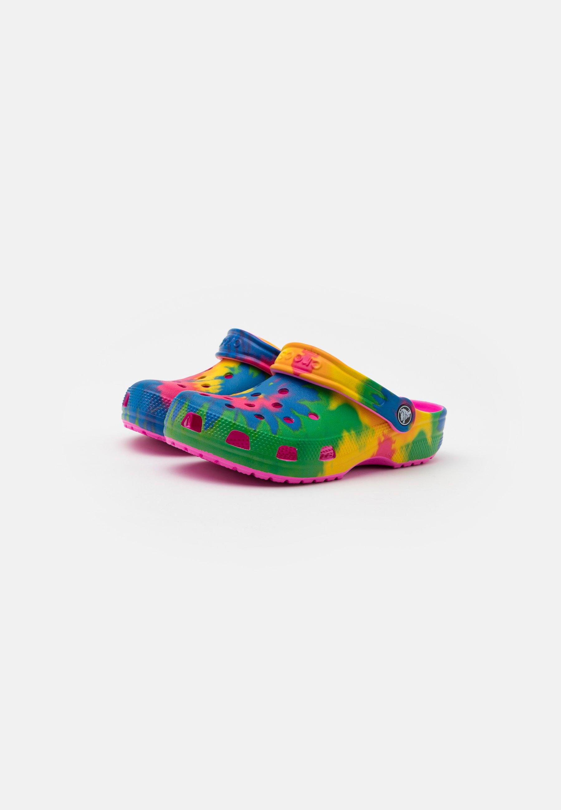 Crocs CLASSIC TIE DYE GRAPHIC Pantolette flach electric pink/multicolor/mehrfarbig