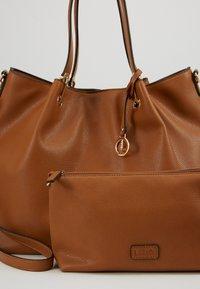 L. CREDI - EBONY - Handbag - cognac - 2