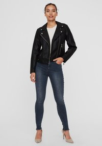 Vero Moda - VMKERRIULTRA  - Faux leather jacket - black - 1