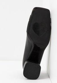 Love Moschino - Klassieke pumps - nero - 6