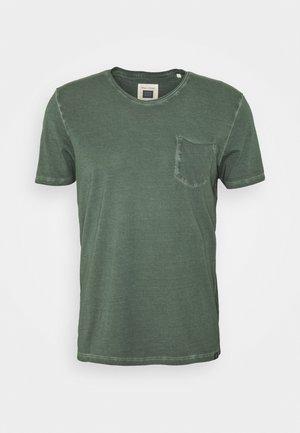 SHORT SLEEVE RAW - Basic T-shirt - mangrove