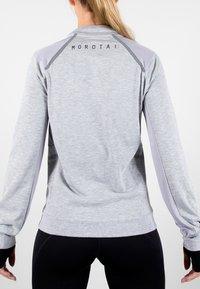 MOROTAI - T-shirt sportiva - light grey - 2