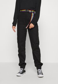 Missguided - PRIDE RAINBOW BELTED TROUSER - Cargo trousers - black - 0