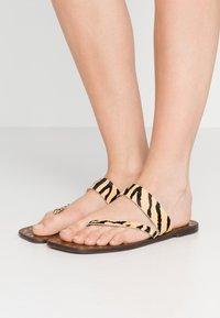Kurt Geiger London - MYRA - T-bar sandals - cream - 0