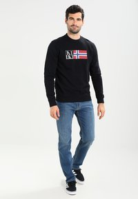 Napapijri - BENOS CREW - Sweater - black - 1