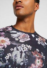 Pier One - T-shirt med print - multicoloured - 4