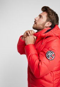Helly Hansen - JACKET - Dunjakker - flag red - 4