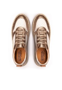 Pikolinos - Trainers - champagne - 3