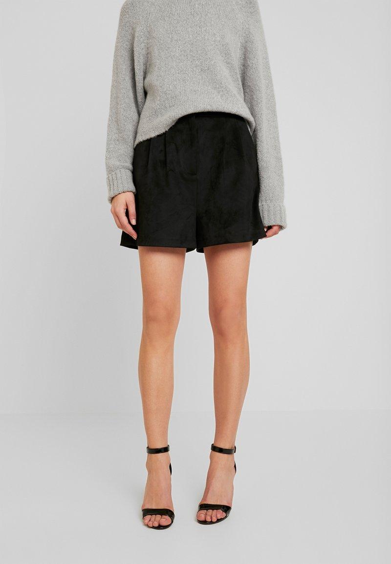 Forever New - Shorts - black