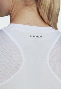 adidas Performance - CLUB TEE - T-shirt print - white/gretwo - 5