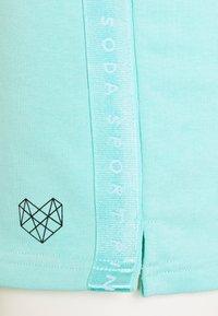 Pink Soda - TERRA SHORT - Sports shorts - mint - 2