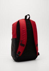Jordan - PIVOT PACK - Batoh - black/gym red - 3