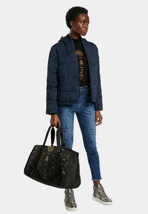 ASTROLOGY - Sportovní taška - black