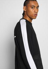 Nike Performance - M NK DRY TOP FLEECE PX - Sweatshirt - black/white - 3