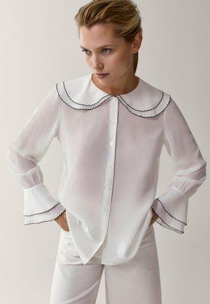 MIT DETAIL AM KRAGEN - Overhemdblouse - white