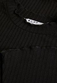 NA-KD - TRUMPET SLEEVE - Long sleeved top - black - 2
