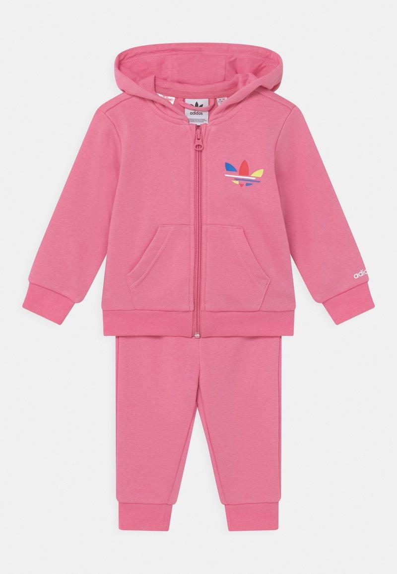 adidas Originals - HOODIE SET UNISEX - Zip-up sweatshirt - rose tone