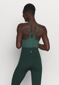 Nike Performance - YOGA BODYSUIT - Danspakje - pro green/vintage green - 2
