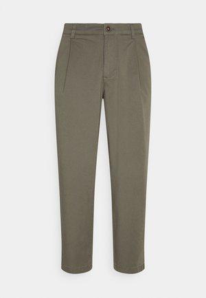 JJIBILL JJRICO - Pantalones - deep lichen green