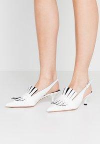 Sportmax - GERALD - Classic heels - latte - 0