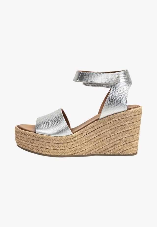 Sandalen met hoge hak - mntrl silver nsr