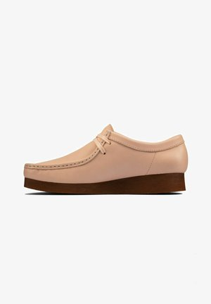 WALLABEE - Casual lace-ups - light pink