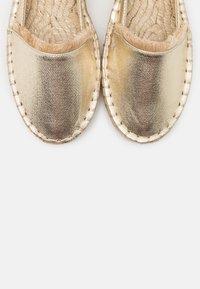 PARFOIS - Loafers - gold - 5