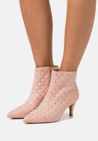Liu Jo Jeans - VENUS - Ankle boots - rose - 0