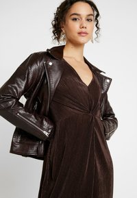 Gina Tricot - PLEATED DRESS - Day dress - java - 4