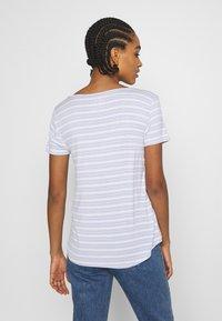Hollister Co. - ICON EASY  - Print T-shirt - white/blue - 2
