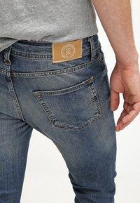 Pier One - Jeans slim fit - destroyed denim - 4