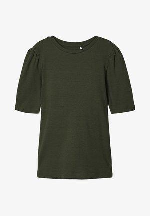 Basic T-shirt - climbing ivy