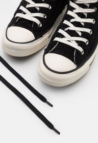 Converse - CHUCK TAYLOR ALL STAR - Höga sneakers - black/egret - 5