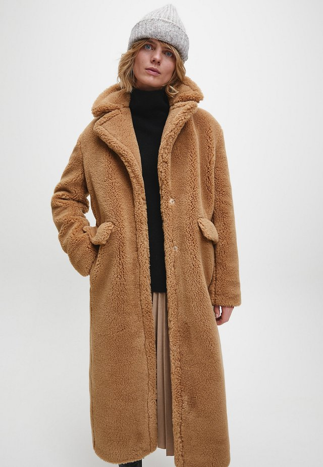 Winter coat - countryside khaki