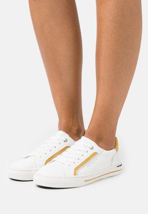 Sneakers laag - white/yellow