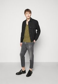 DRYKORN - BIT - Jeans Tapered Fit - grey - 1