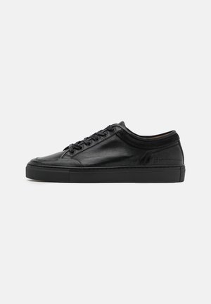 TOP  - Zapatillas - black