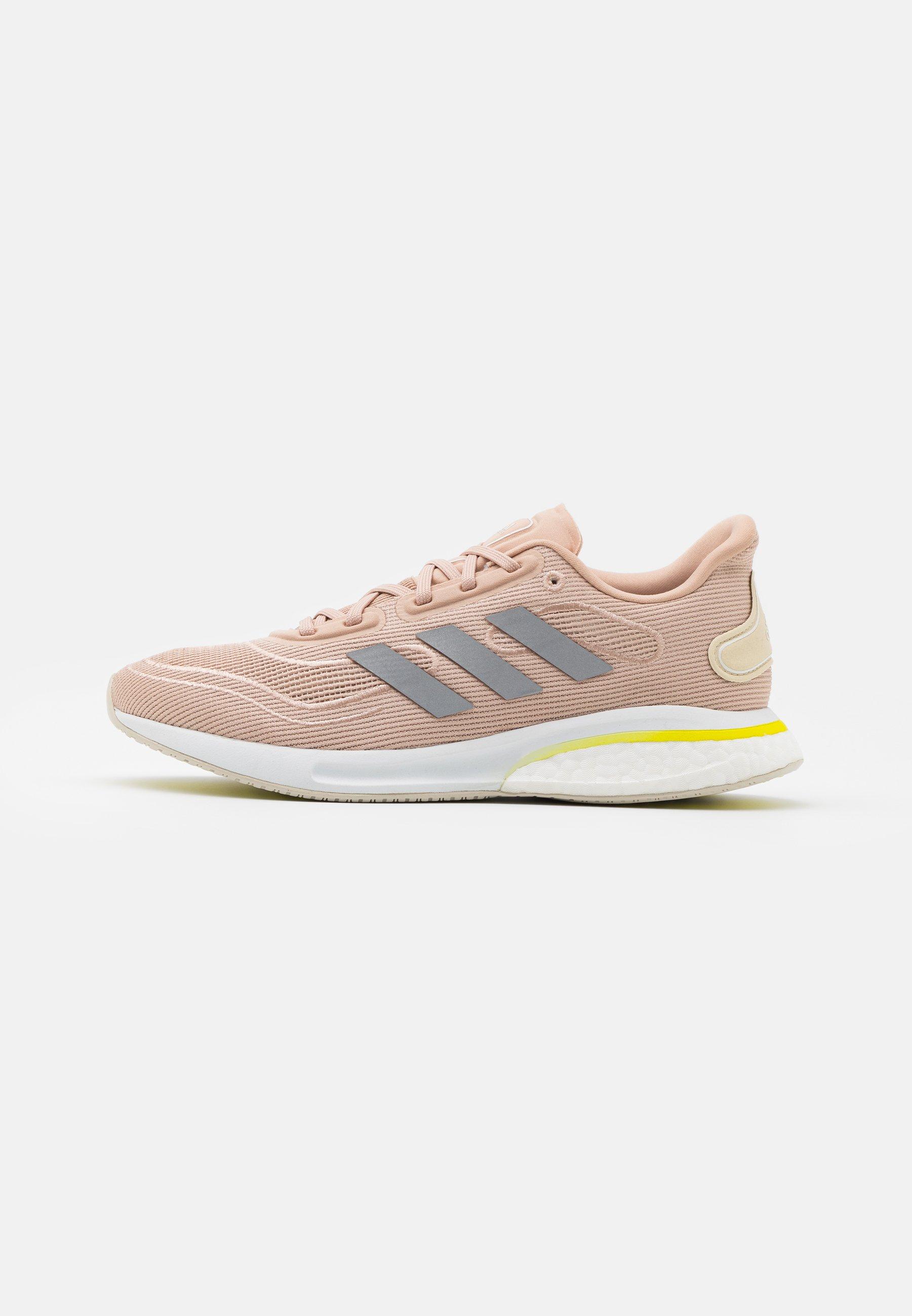 Women SUPERNOVA - Neutral running shoes