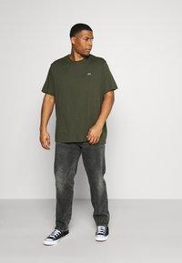 Lacoste - T-shirt basic - khaki - 1