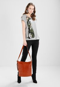 Vagabond - STOCKHOLM - Shopping Bag - cognac - 1