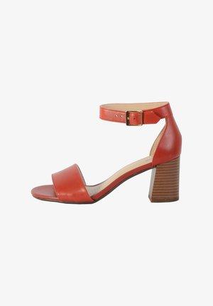 JOCELYNNE CAM - Sandales - rouge